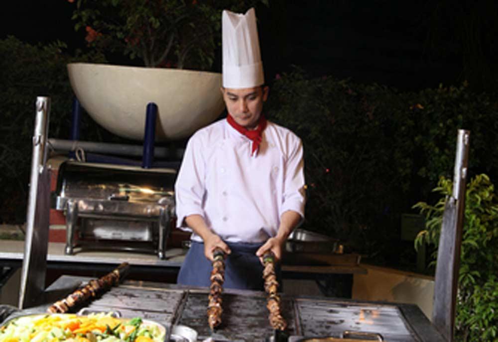 4987-chefchopping.jpg