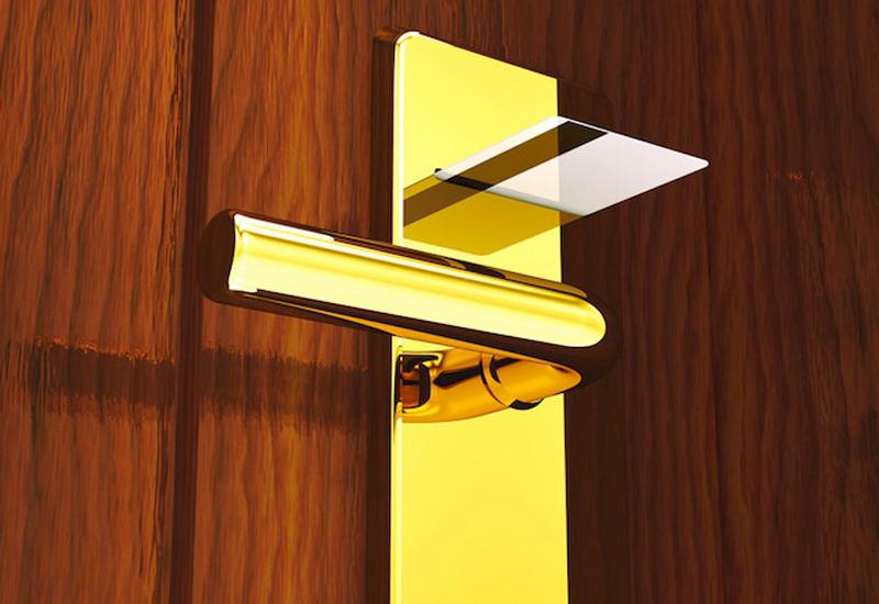 5861-generic-hotel-keycard-in-door.jpg