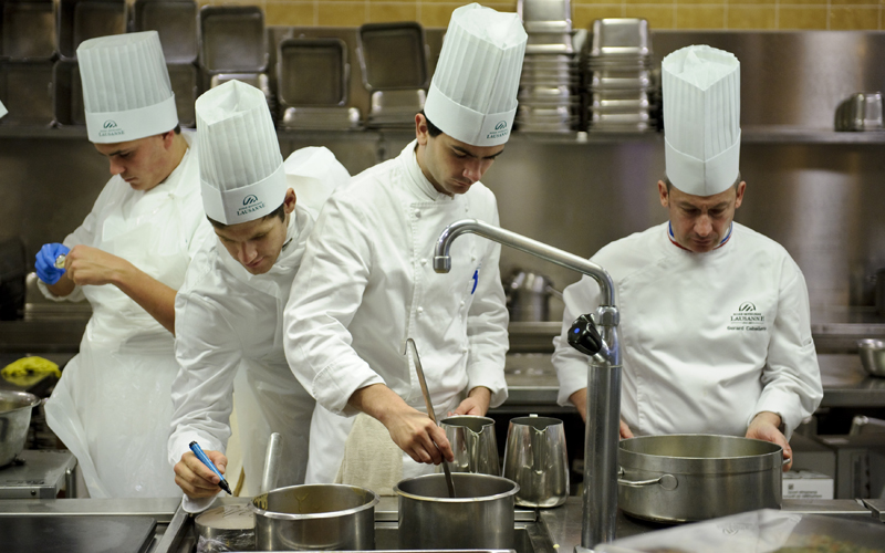 6324-Chefs-in-kitchen.jpg