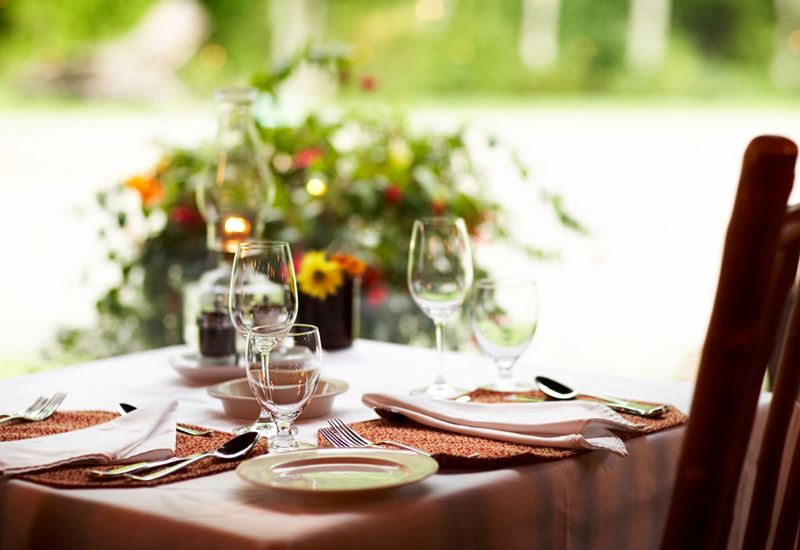 6976-dining-overview-EDIT_1.jpg