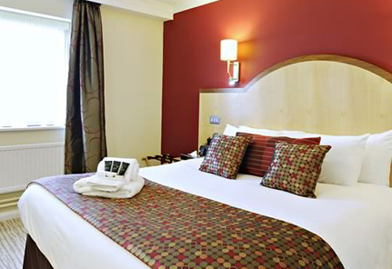 7020-burleigh-bedroom.jpg
