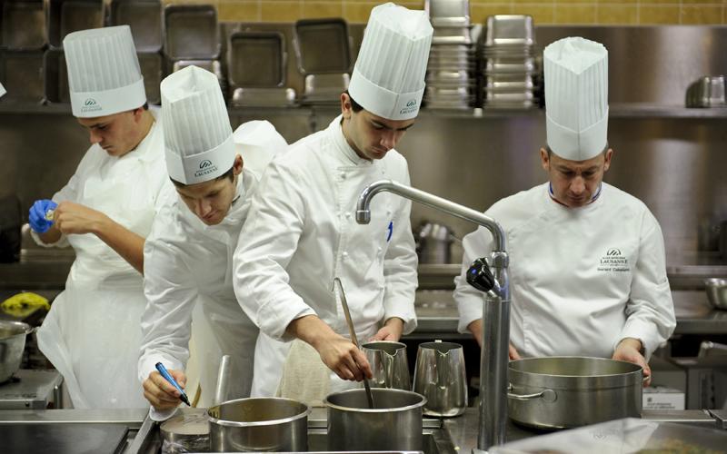 7056-Chefs-in-kitchen.jpg