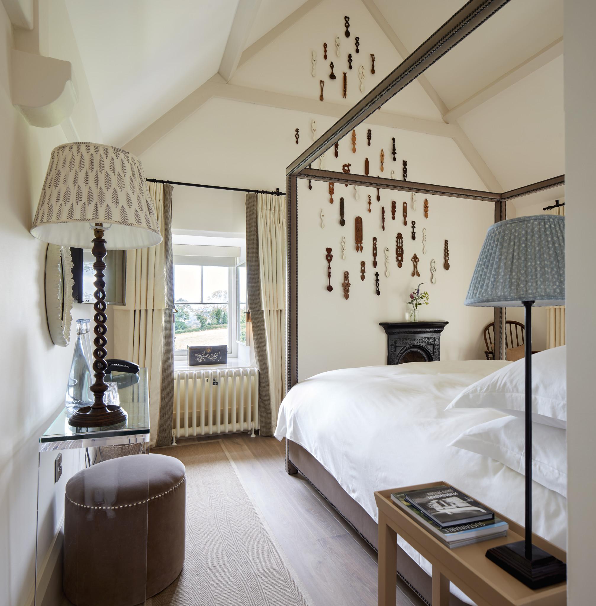 D&E Bedroom high res