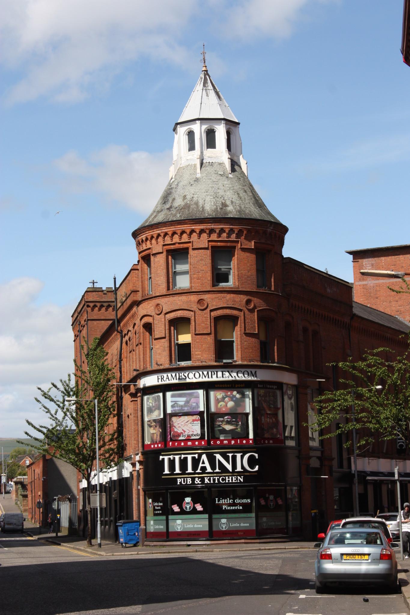 titanic_pub_and_kitchen_belfast_may_2012