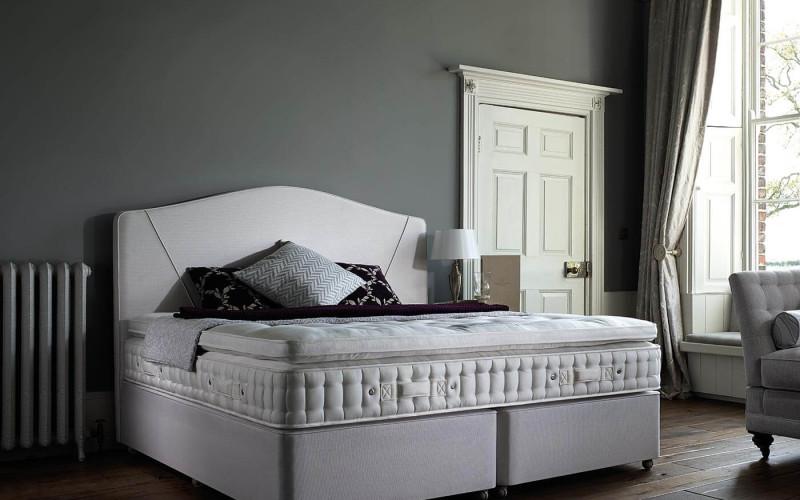 hospitality-brand-800×500
