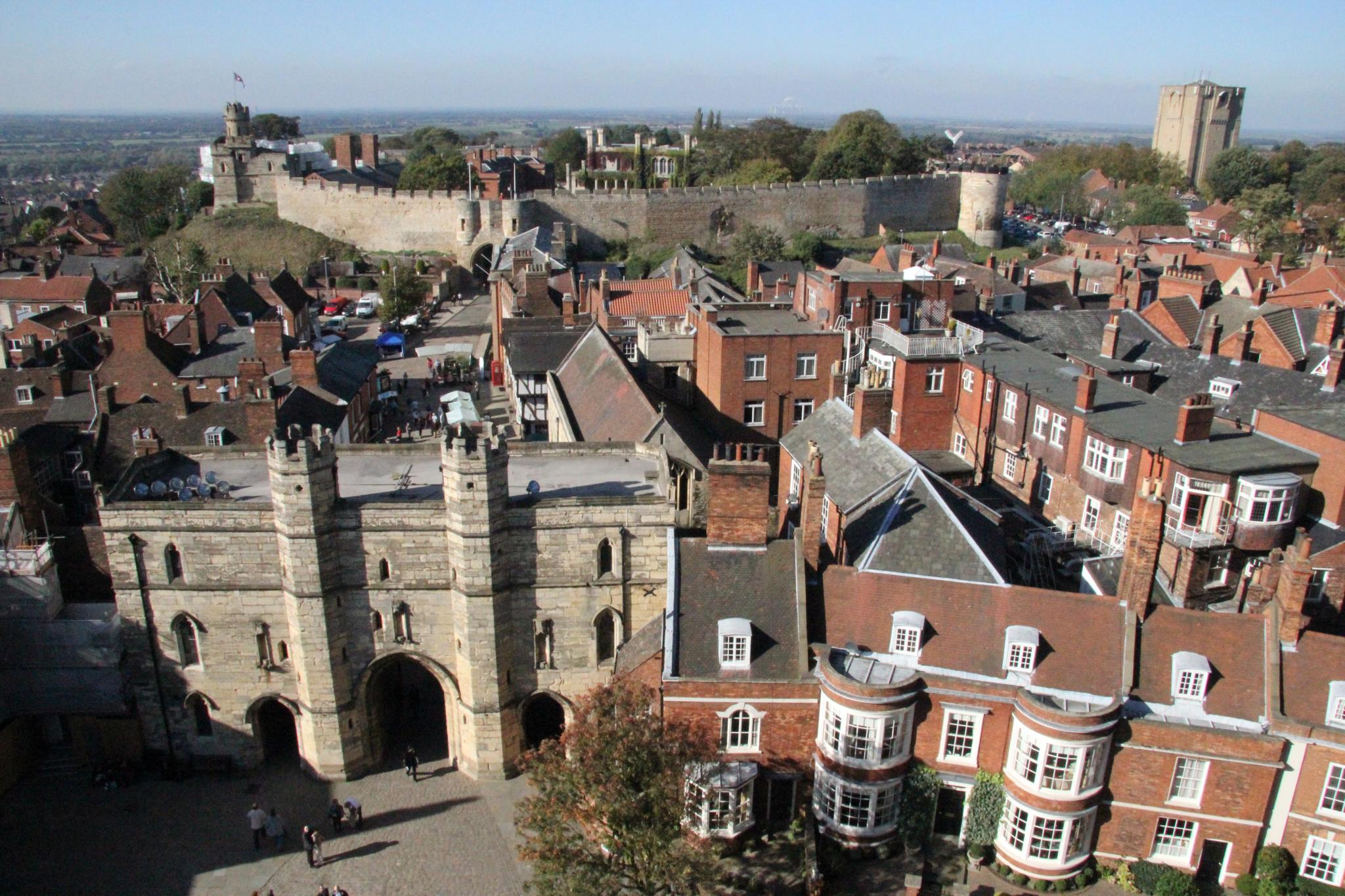 Lincoln_Castle_view