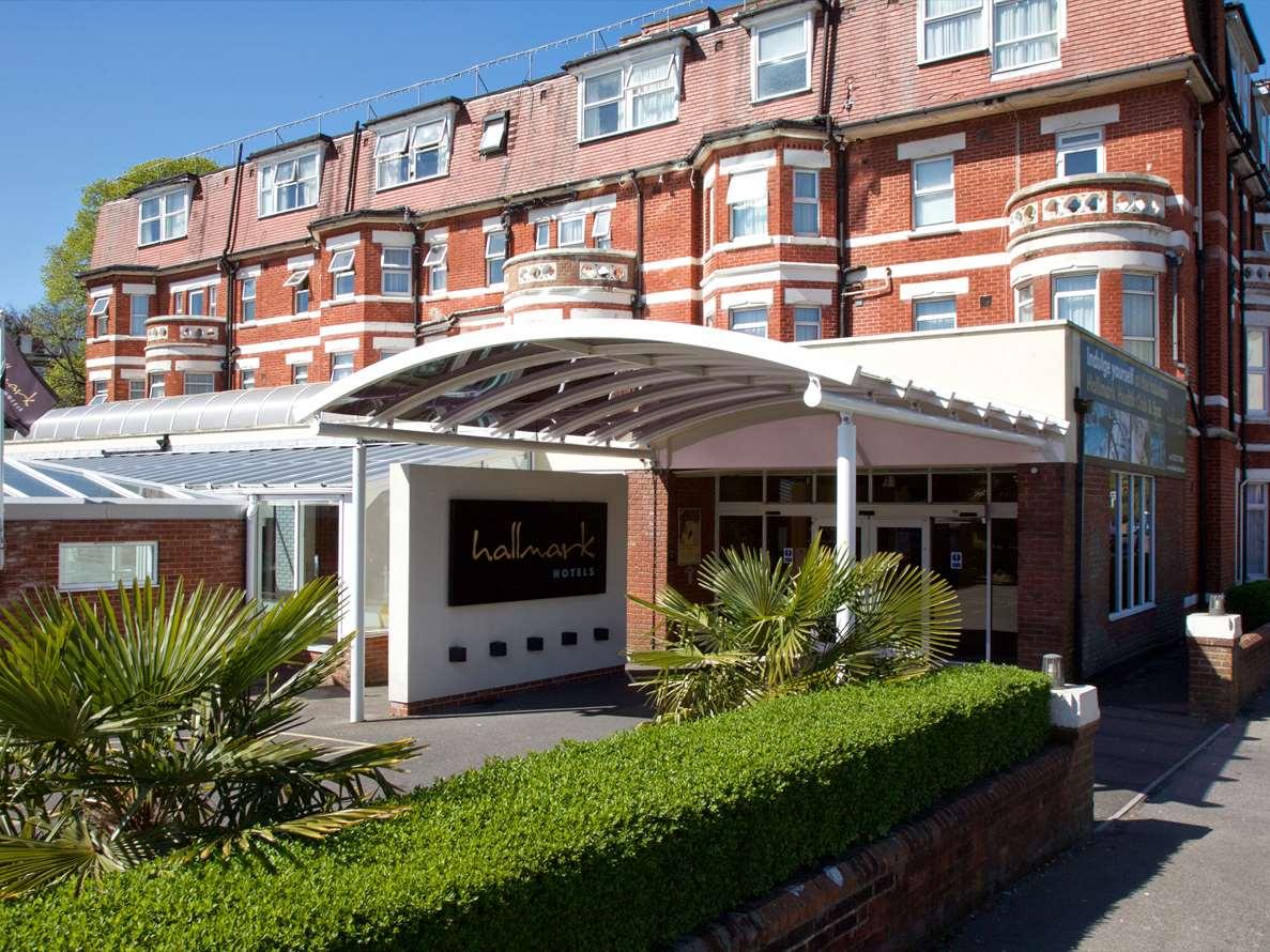 hallmark-hotel-bournemouth-west-cliff-exterior-4