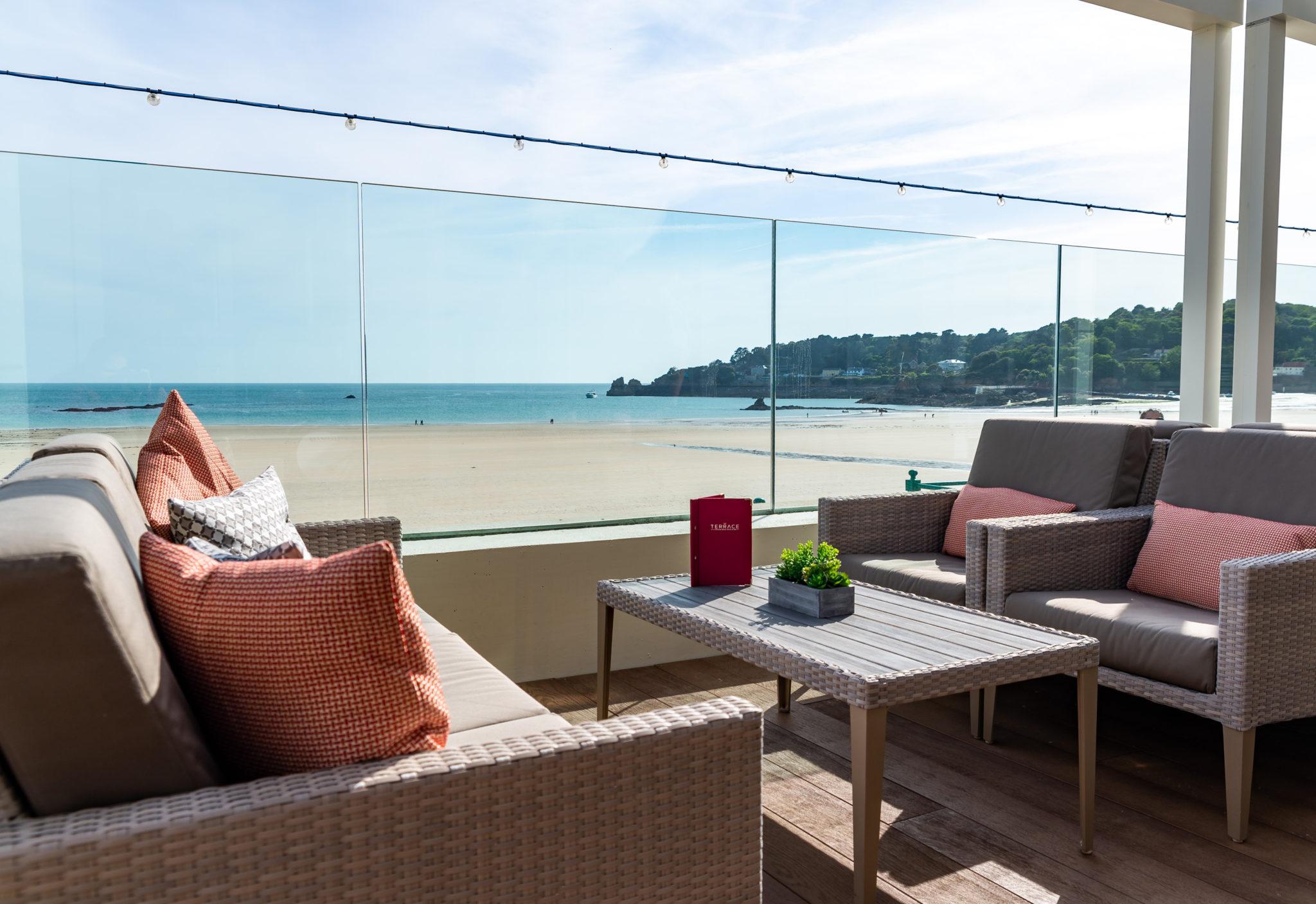L'Horizon Beach Hotel & Spa New Terrace (2)