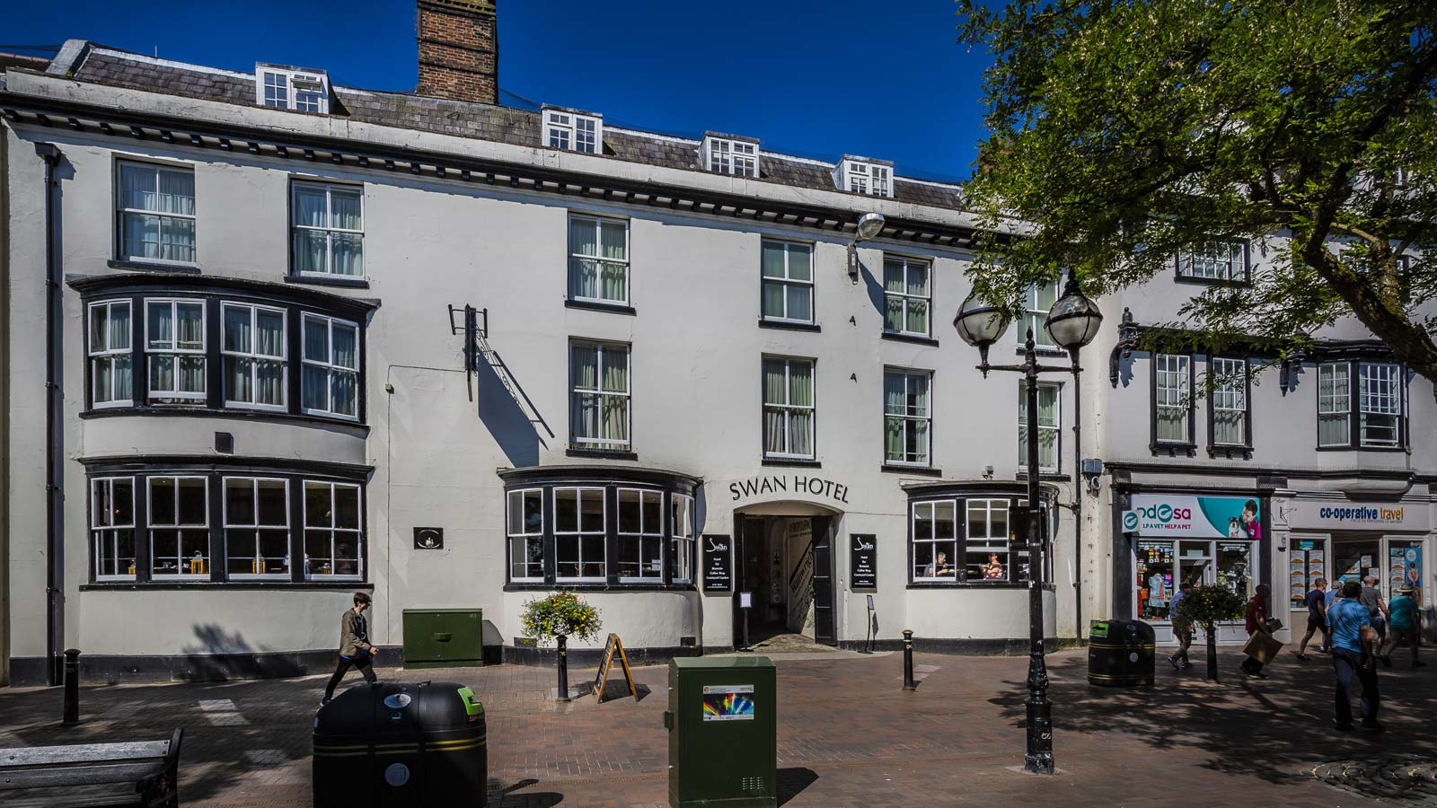 The-Swan-Hotel-Brasserie-Coffee-Shop-Stafford-Staffordshire-Coaching-Inn-Group