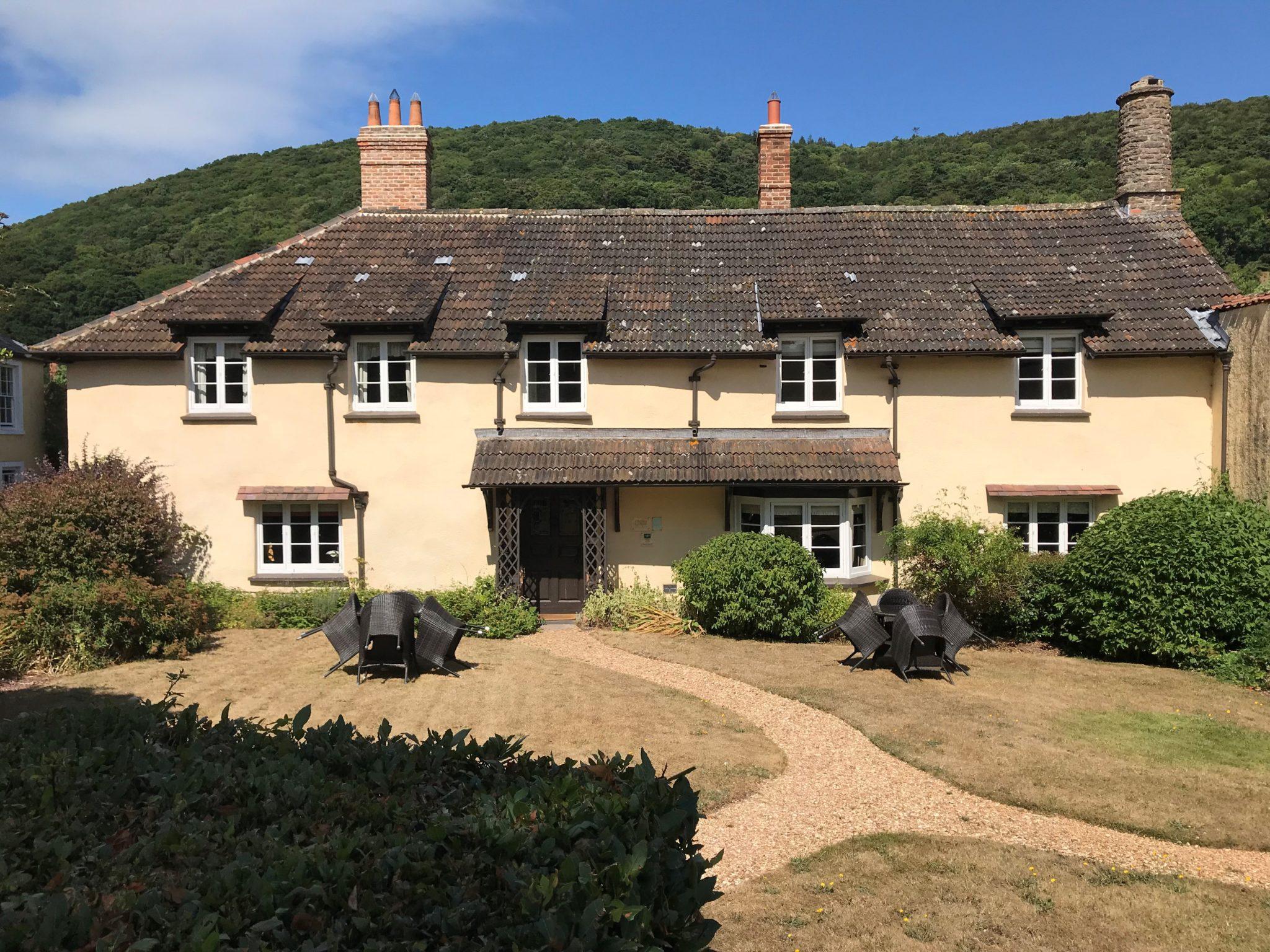 Crosslane House front