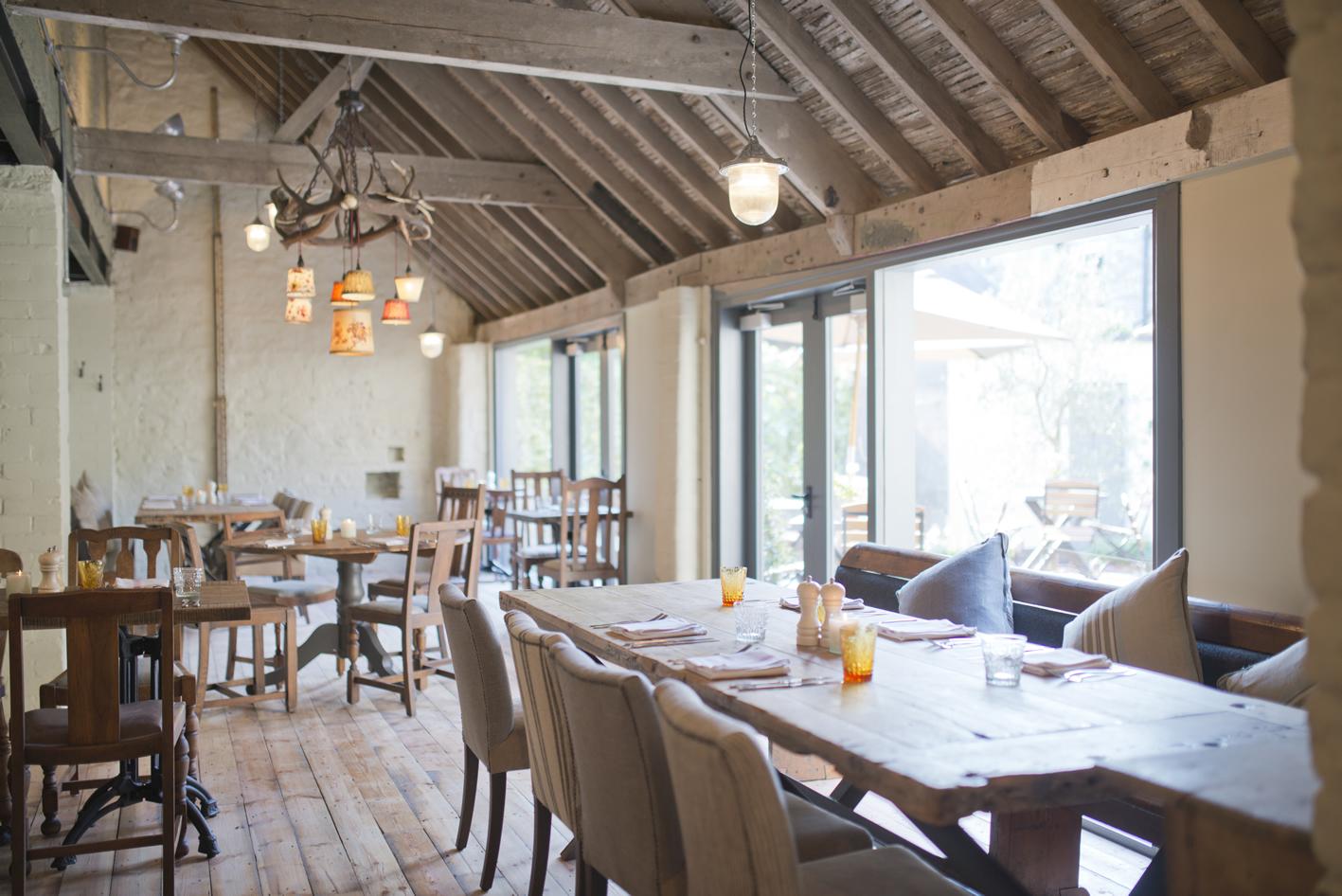 restaurant3_WhiteHart