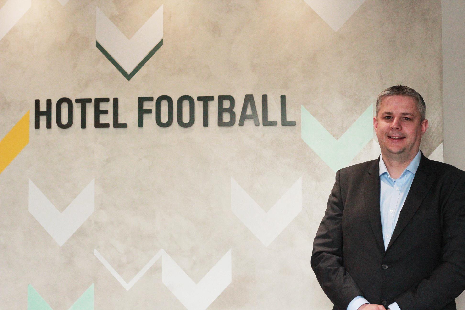 Hotel Football GM_Chris Hull