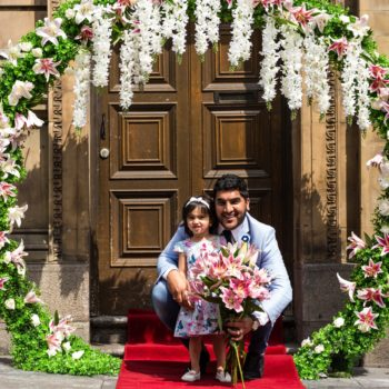 Atul Malhotra with his daughter Leila Lily outside the new venue