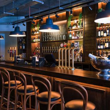 Chamberlain_Bar_upstairs_2