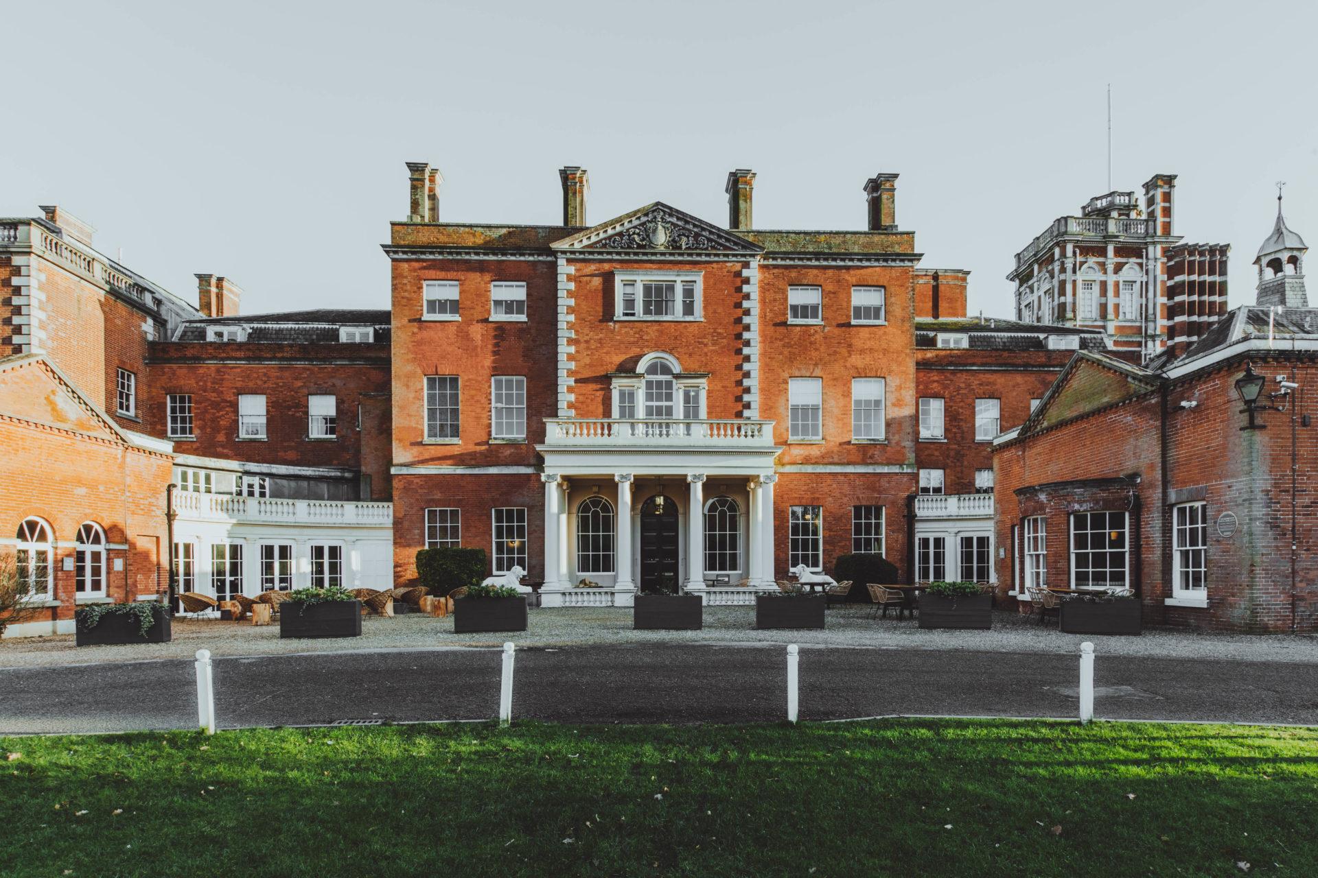 01_ (C) Birch l Exterior Mansion House 2020 jpg