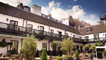 The-Stafford-London-Courtyard-22