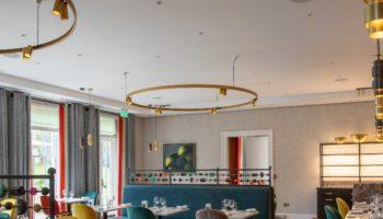 760w-x-670-clocktower-brasserie-room-with-windows